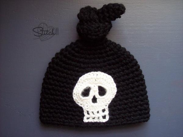 Newborn Skull Knot Hat