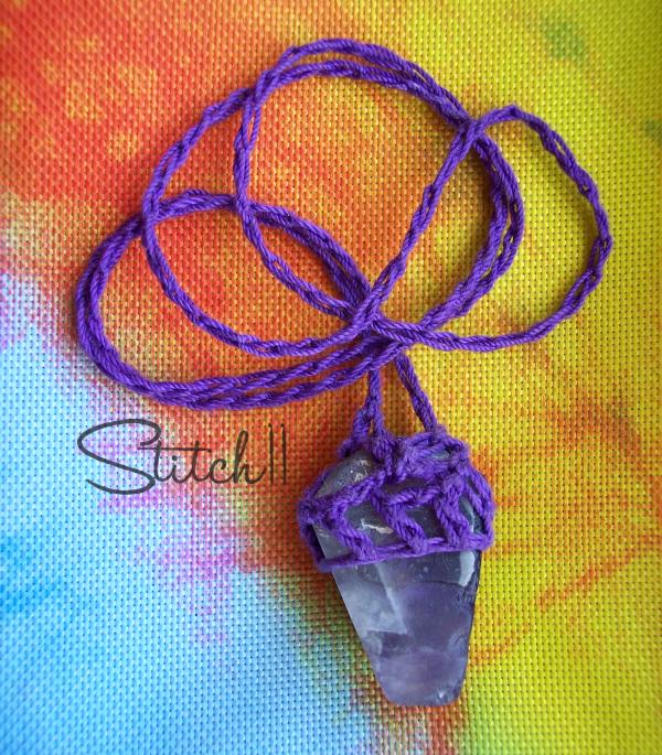 Stitch11-Chevron-amethyst - Crochet Necklace