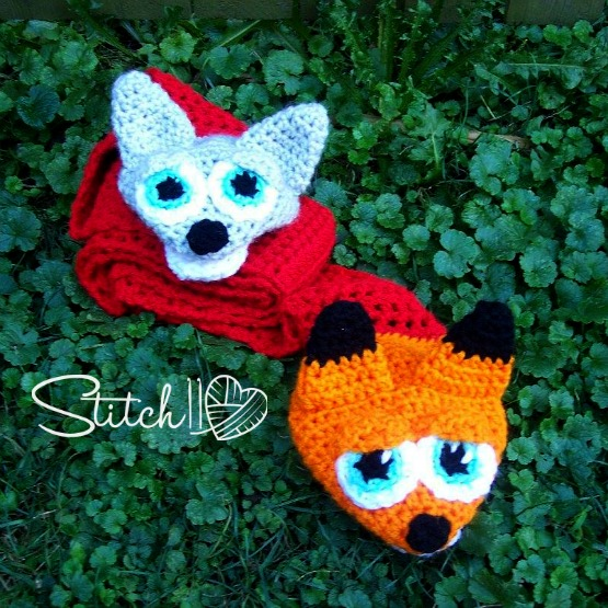 Crochet Wolf and Fox Puppet Scarf for Children
