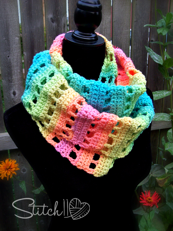 Jumping Retro Infinity Scarf