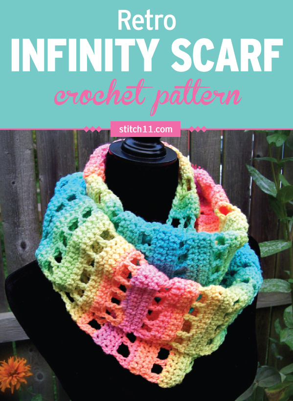 Here's an easy infinity scarf crochet pattern that's super simple to crochet. It's a cozy, outfit-enhancing accessory that's perfect for stylish fashionistas who hate being cold. You'll want one in every color for your own wardrobe or for gifts for your friends and family. #crochet #crochetlove #crochetlife #crochetaddict #crochetpattern #crochetscarf #ilovecrochet #crochetgifts #crochet365 #addictedtocrochet #yarnaddict #yarnlove