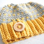 Retro Messy Bun Hat - Free Crochet Pattern - Stitch11