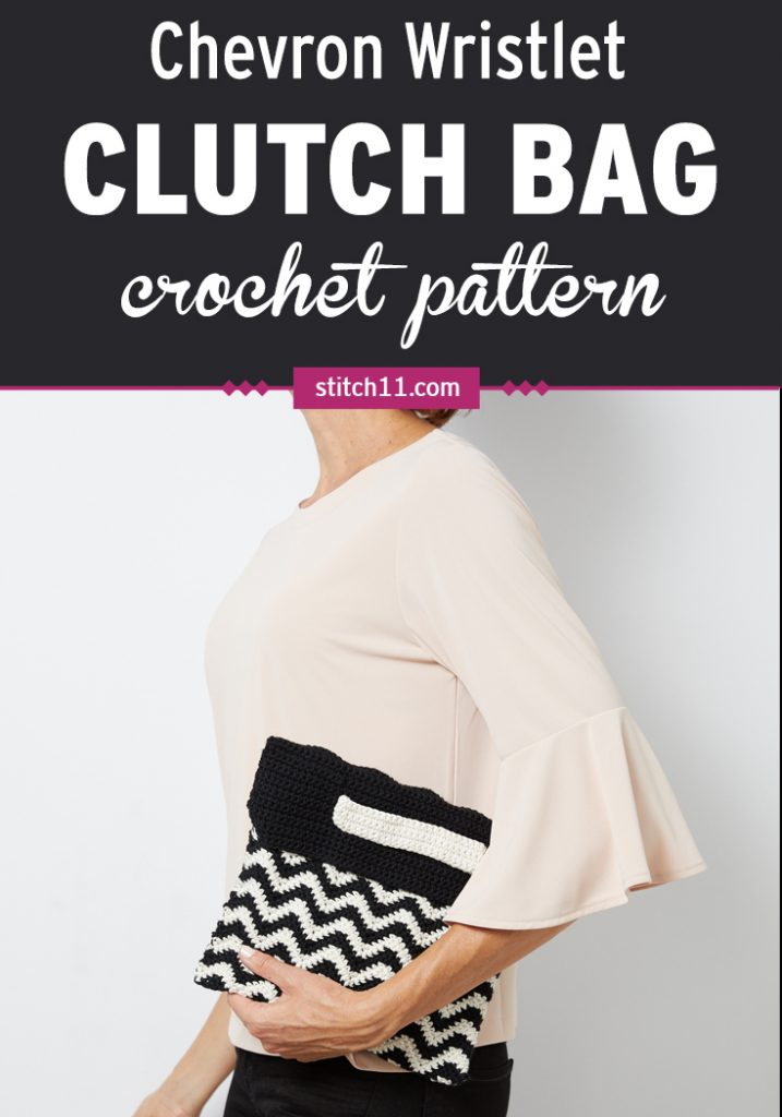 Chevron Wristlet Clutch Bag Crochet Pattern - When you're looking for a clutch to carry around with you wherever you go, this classic chevron wristlet takes the cake. #crochetpattern #crochetlove #crochetbag #crochetpurse