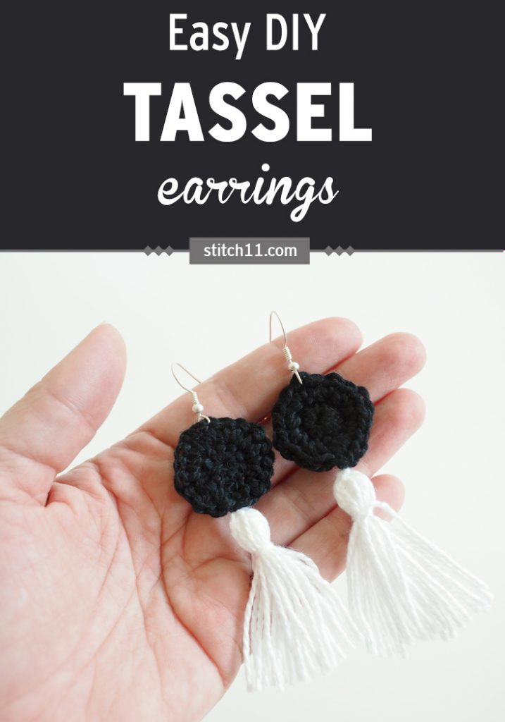 Easy DIY Tassel Earrings - the dangliest, cutest crochet tassel earrings you ever did see. #crochetpattern #crochetearrings #crochettasselearrings #crochetlove #crochetaddict #crochetaccessories