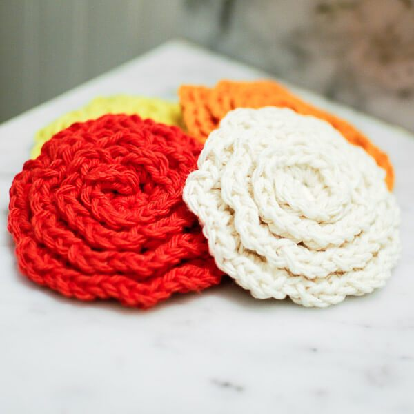 Quick Floral Crochet Washcloth