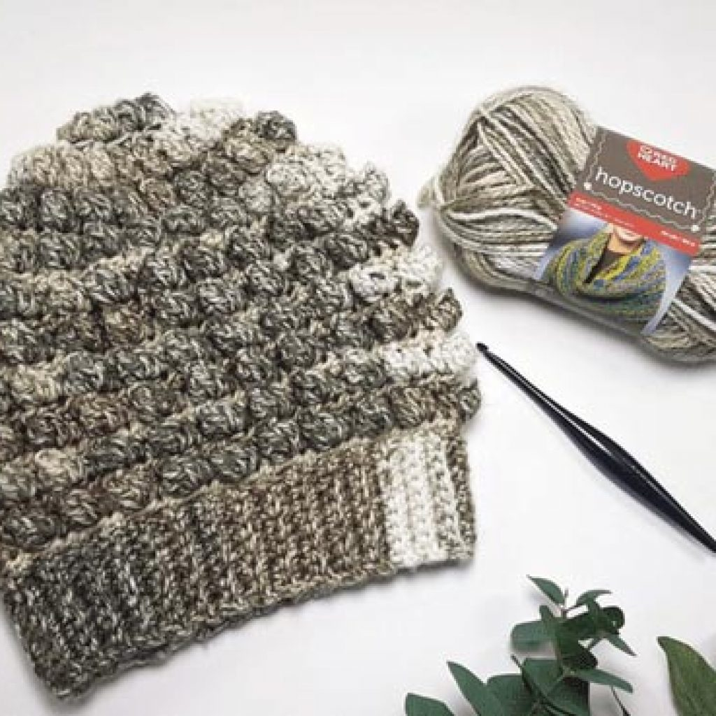 Beach Pebbles Hat - If you're looking for a crochet hat pattern that suits your needs and looks great on everyone, the crochet slouchy hat is perfect for you. #crochethatpattern #crochetslouchyhat #crochetpattern #crochetslouchbeanie