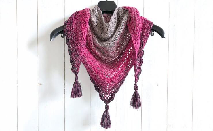 Ana Lucia Shawl - These free crochet shawl patterns are easy to make and really fun. Shawls and wraps can be worn in any season and make fabulous gifts. #CrochetShawl  #CrochetShawlPatterns #FreeCrochetPatterns