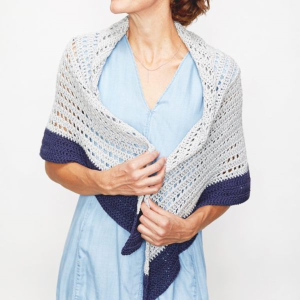 Summer Shawl - These free crochet shawl patterns are easy to make and really fun. Shawls and wraps can be worn in any season and make fabulous gifts. #CrochetShawl  #CrochetShawlPatterns #FreeCrochetPatterns