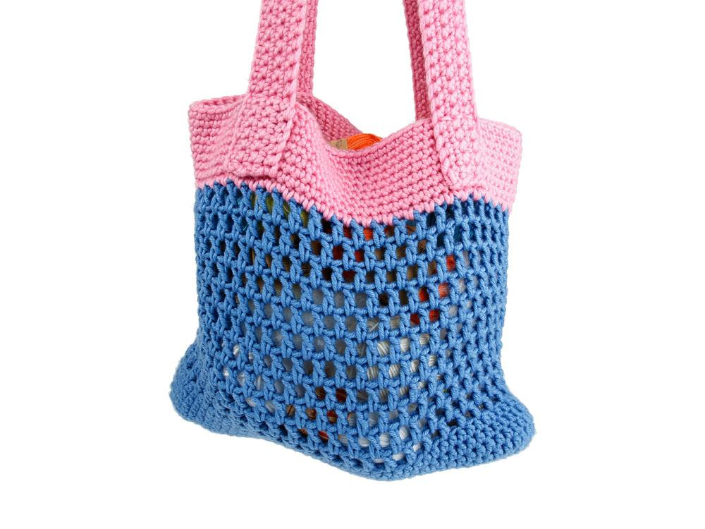 Summer Bag - Are you ready for the best crochet bag patterns out there? This list has 18 fun summer bags and they're all free crochet patterns! #CrochetBagPatterns #EasyBagPatterns #FreeCrochetPatterns