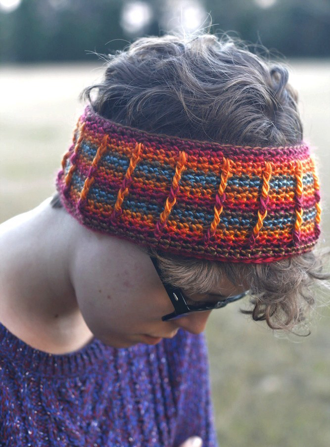 Perpetual Posts Ear Warmers - Check out these cute, versatile and functional crochet ear warmer patterns and get started on your stock before the cold sets in! #crochetearwarmerpatterns #crochetearwarmers #crochetpatterns