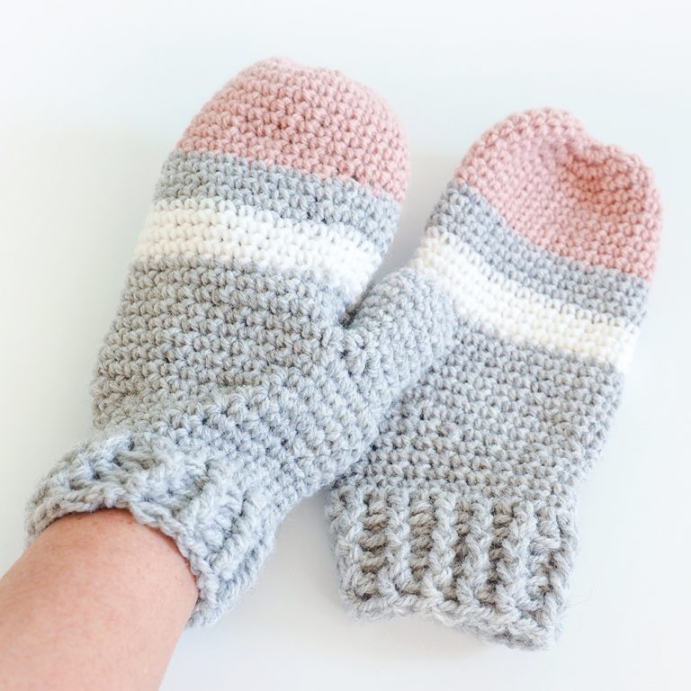 Mixed Stripe Mittens - These crochet mitten patterns will warm your hands up and keep them ready for use throughout the season. #crochetmittenpatterns #crochetpatterns #freecrochetpatterns