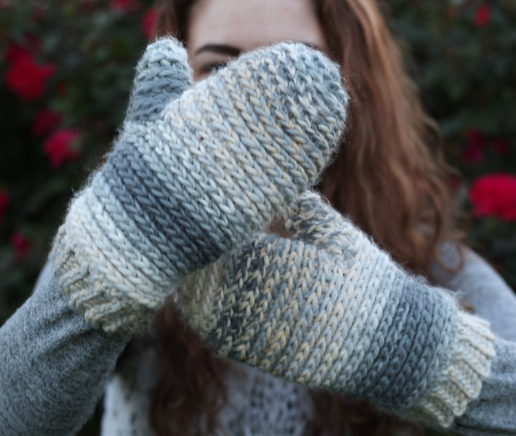 "Noelle ""Knit Look"" Mittens - These crochet mitten patterns will warm your hands up and keep them ready for use throughout the season. #crochetmittenpatterns #crochetpatterns #freecrochetpatterns"