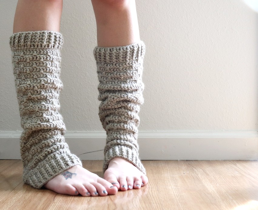 Slouchy Crochet Leg Warmers - These 19 crochet leg warmers are just some of the comfiest ones we can find that you can do in a jiff! #crochetlegwarmers #crochetpatterns #freecrochetpatterns