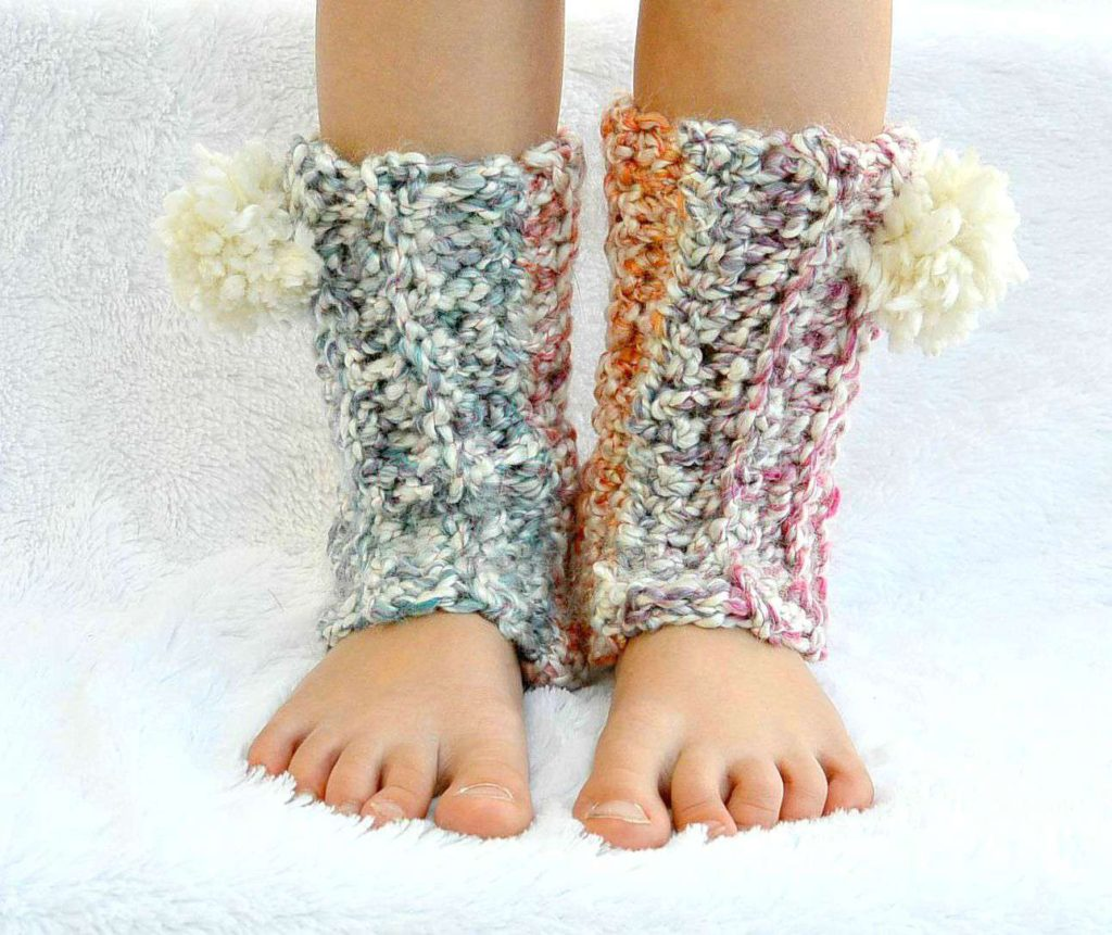 Snow Flurry Leg Warmers - These 19 crochet leg warmers are just some of the comfiest ones we can find that you can do in a jiff! #crochetlegwarmers #crochetpatterns #freecrochetpatterns