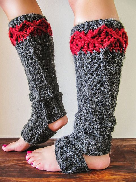 Stirrup Leg Warmers - These 19 crochet leg warmers are just some of the comfiest ones we can find that you can do in a jiff! #crochetlegwarmers #crochetpatterns #freecrochetpatterns