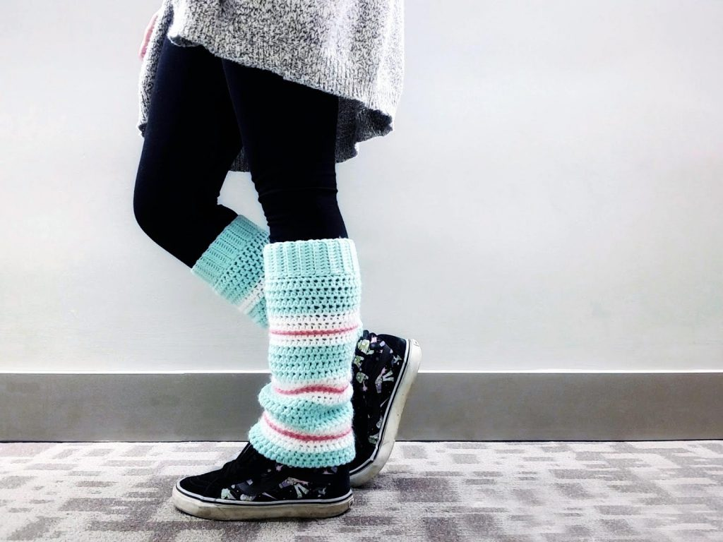 Sugar Rush Leg Warmers - These 19 crochet leg warmers are just some of the comfiest ones we can find that you can do in a jiff! #crochetlegwarmers #crochetpatterns #freecrochetpatterns